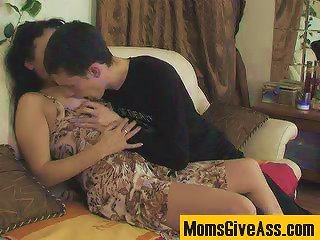 MomsGiveAss :: Lillian&Lewis anal mature in action